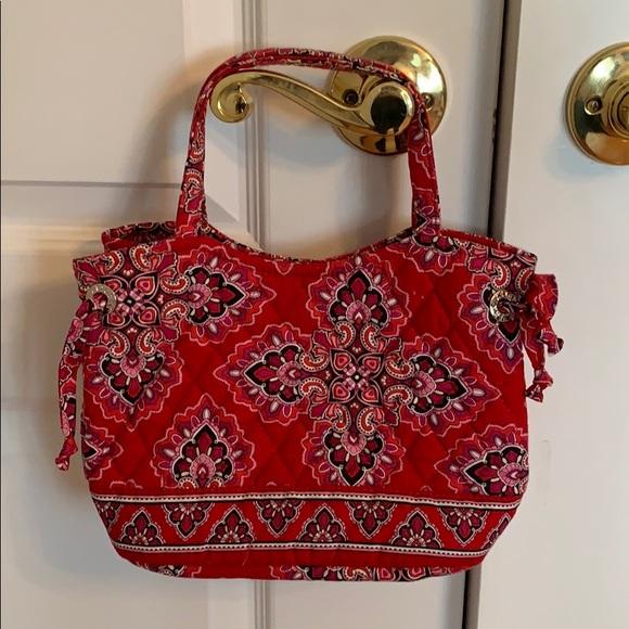 Vera Bradley Handbags - Frankly Scarlet Vera Bradley Purse ☆